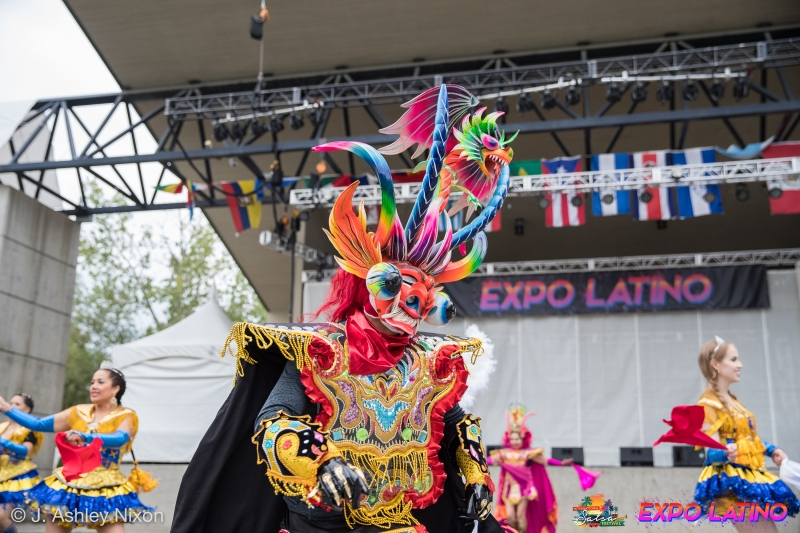 Expo-Latino-2019-by-J.-Ashley-Nixon_00027